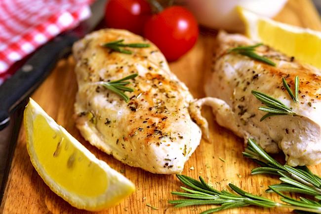 Baked chicken breast - caloies, wieght