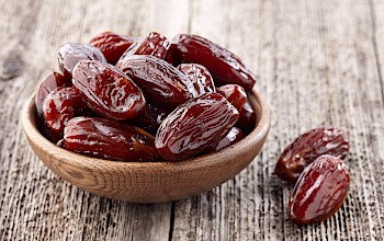 Dates - calories, nutrition, weight