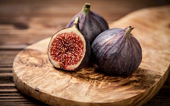 Figs - calories, nutrition, weight