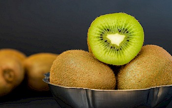 Kiwi - calories, nutrition, weight