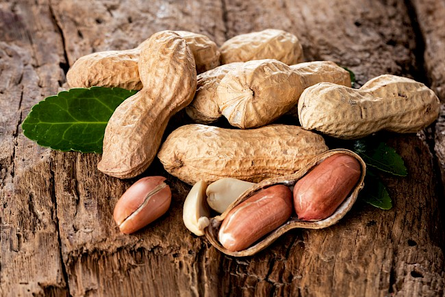 Peanuts - calories, kcal, weight, nutrition