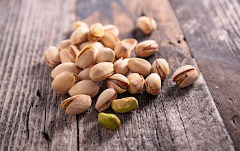 Pistachios - calories, nutrition, weight