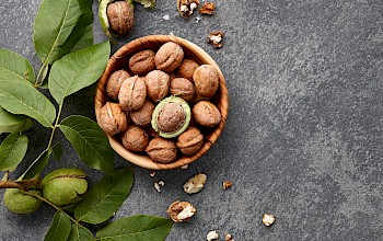 Walnuts - calories, nutrition, weight