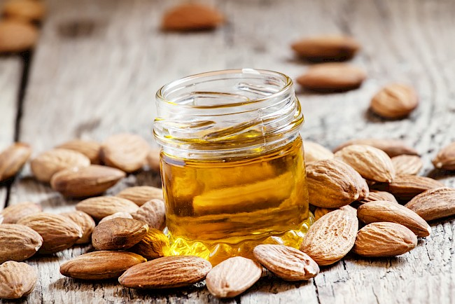 Almond oil - nutrition, vitamins, minerals