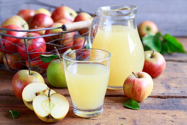 Apple juice - nutrition, vitamins, minerals