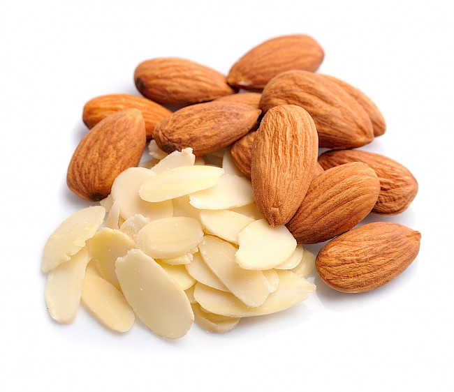 Almond flakes - nutrition, vitamins, minerals