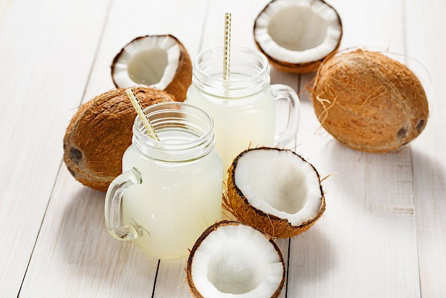 Coconut water - kalorie, kcal, ile waży