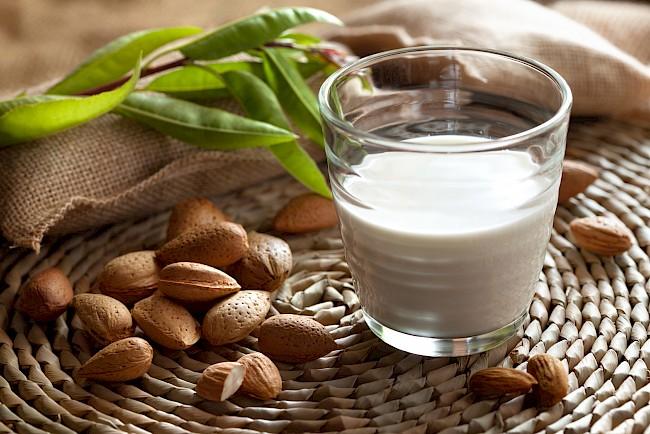 Almond milk - nutrition, vitamins, minerals