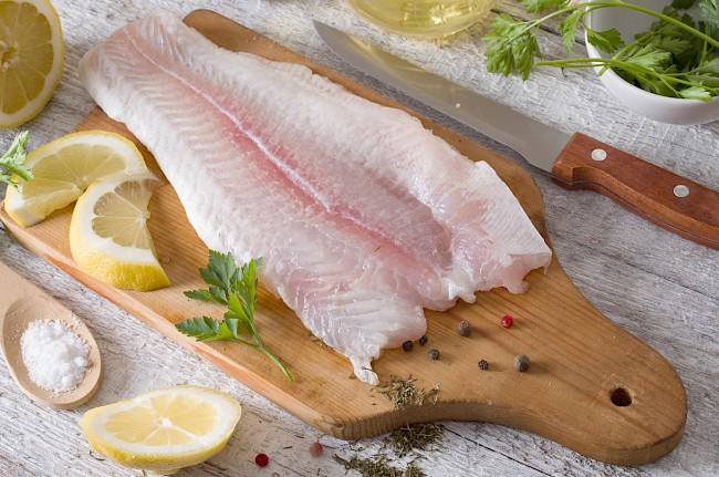 Halibut (fillet, meat) - nutrition, vitamins, minerals