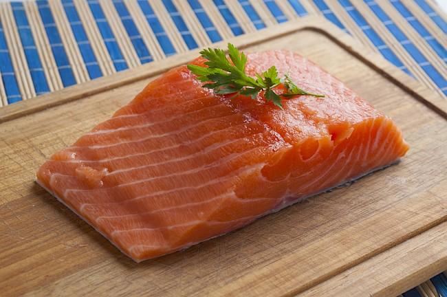 Salmon - kalorie, kcal, ile waży