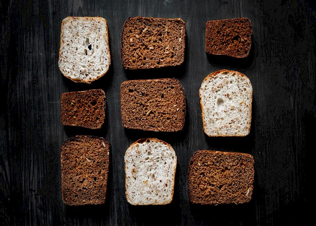 Dark bread - caloies, wieght