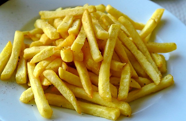 Fries (French fries) - kalorie, kcal, ile waży