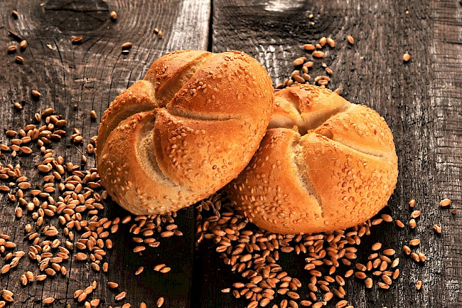 Kaiser roll - caloies, wieght