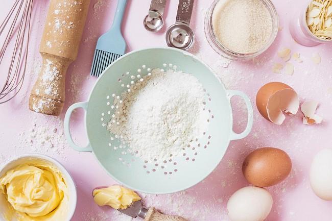 Wheat flour - kalorie, kcal, ile waży