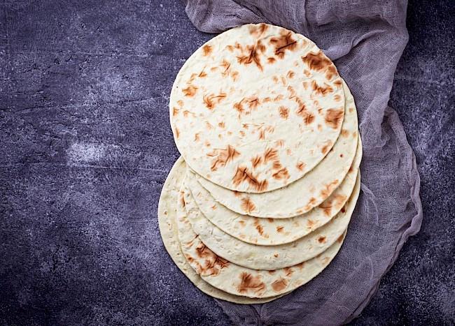 Tortilla - kalorie, kcal, ile waży